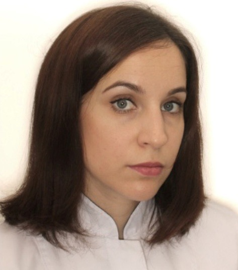 Комкова Оксана Андреевна