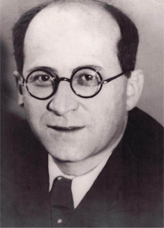 Возглавлял больницу И.Н. Каганович.