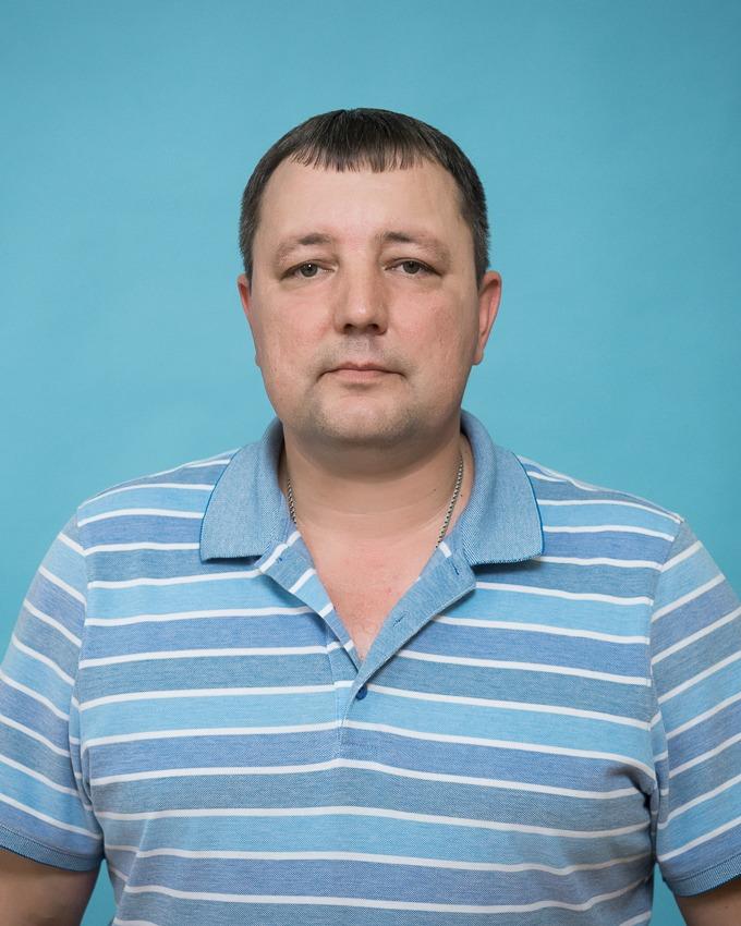Поречнев Евгений Юрьевич